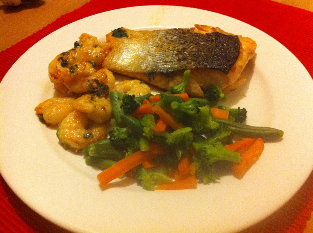 Salmon with garlic prawns