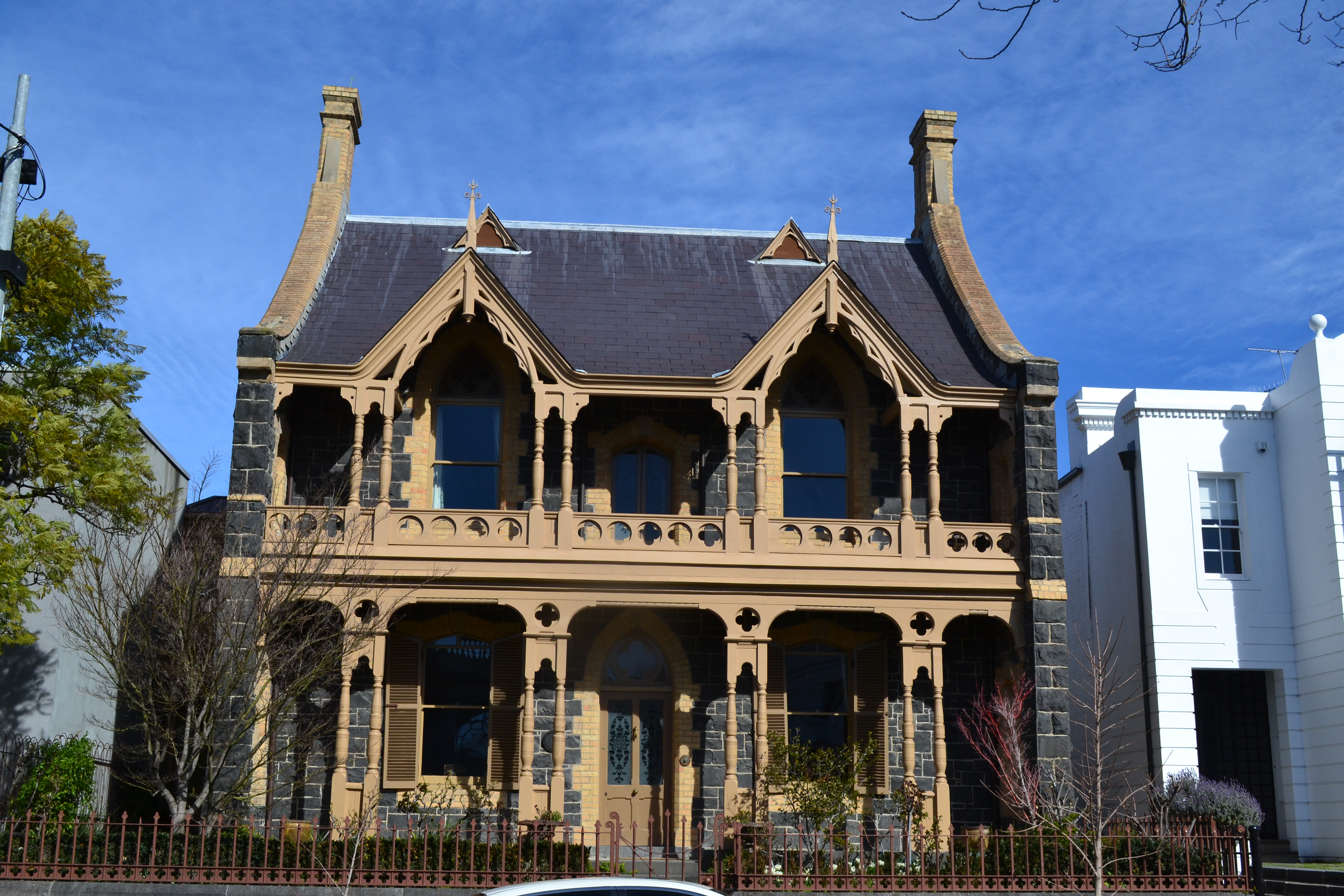 Beautiful old homes east melbourne leanne 39 s delicious for Beautiful classic houses